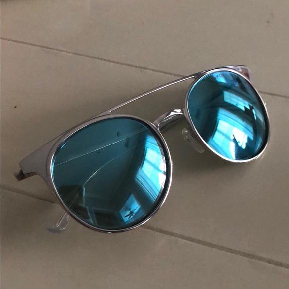 75b5ed958c NWT Michael Kors Grayson Sunglasses